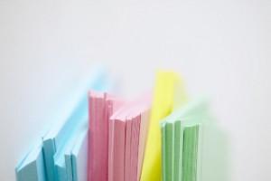 feuilles papier colorés